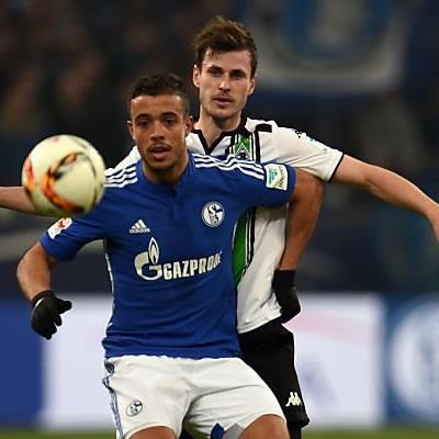 Glücklicher Sieg für Schalke