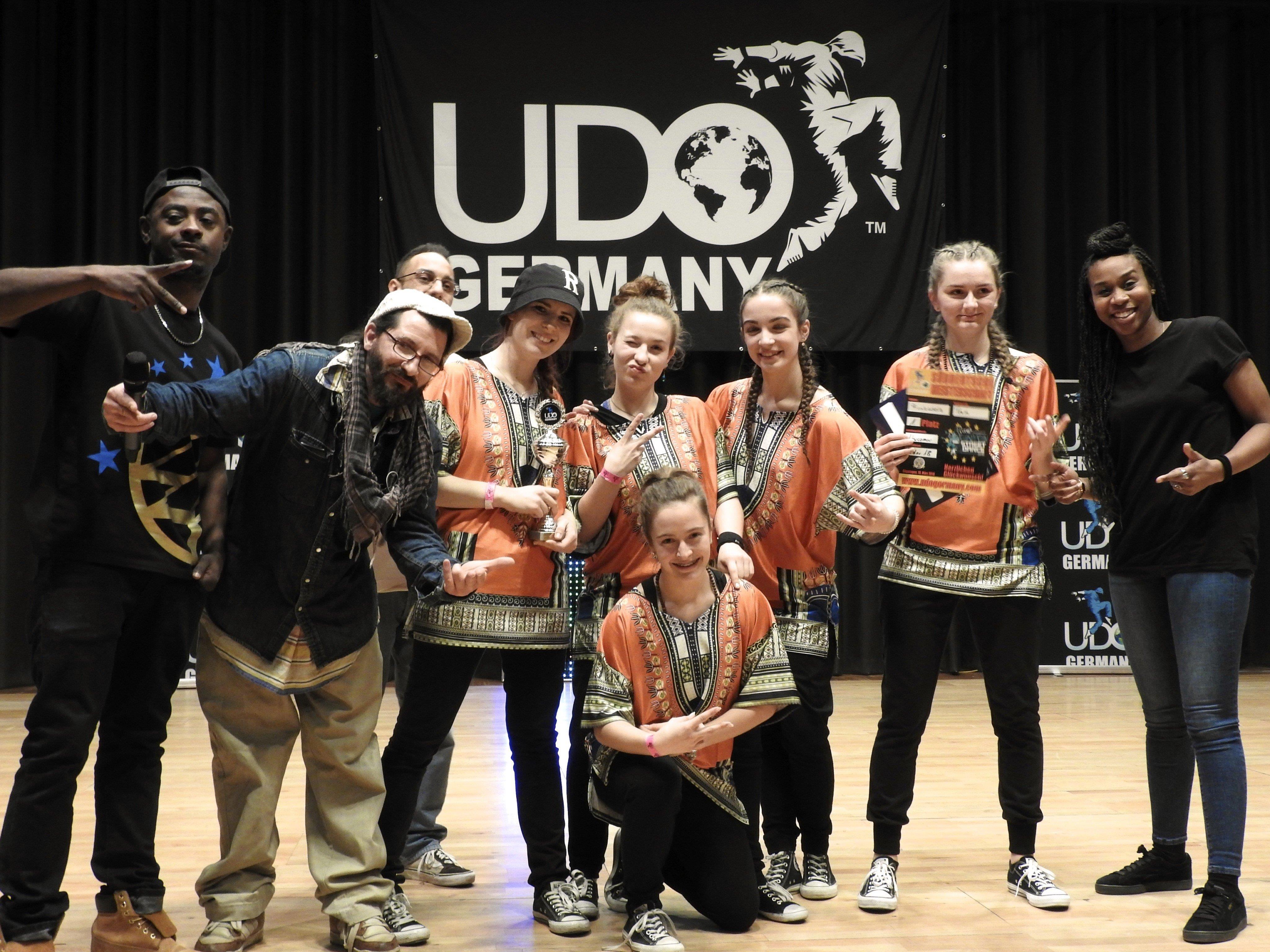 Die Funkadellas der FRK Dance School Academy begeisterten die Jury bei der Hip-Hop Meisterschaft in Göppingen.