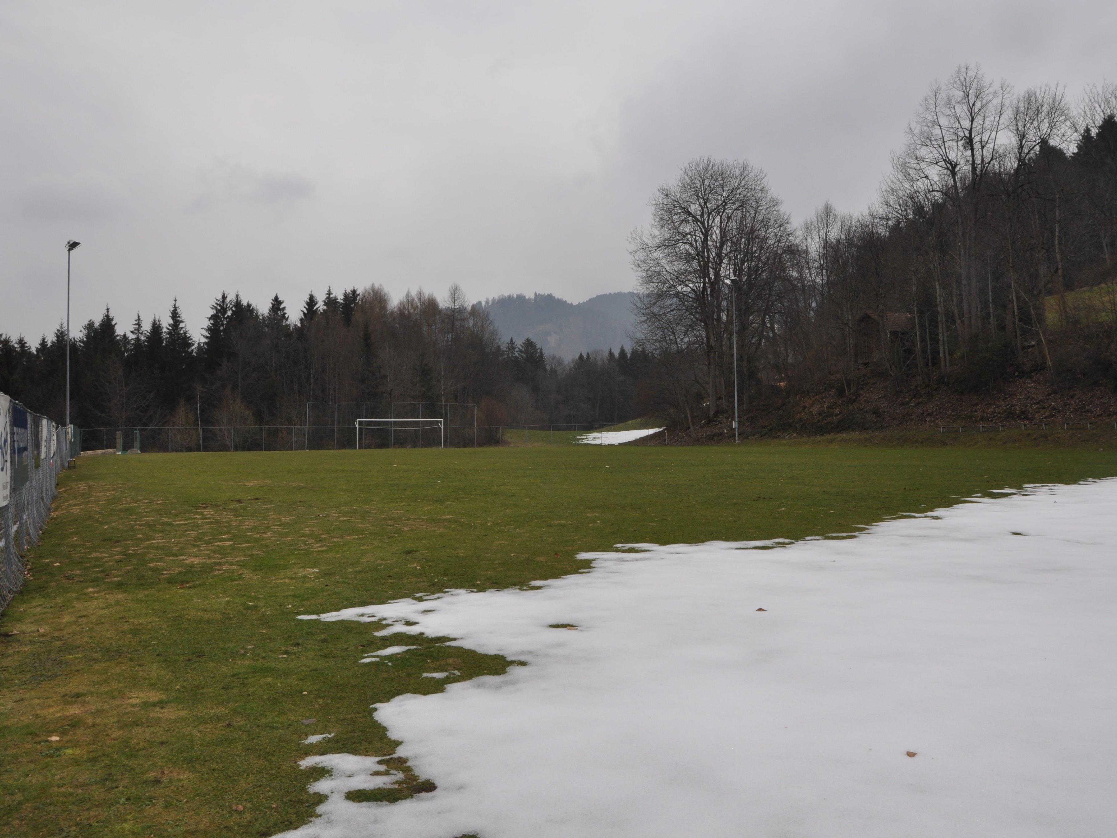 Der Sportplatz in Übersaxen wird heuer im Herbst vergrössert.
