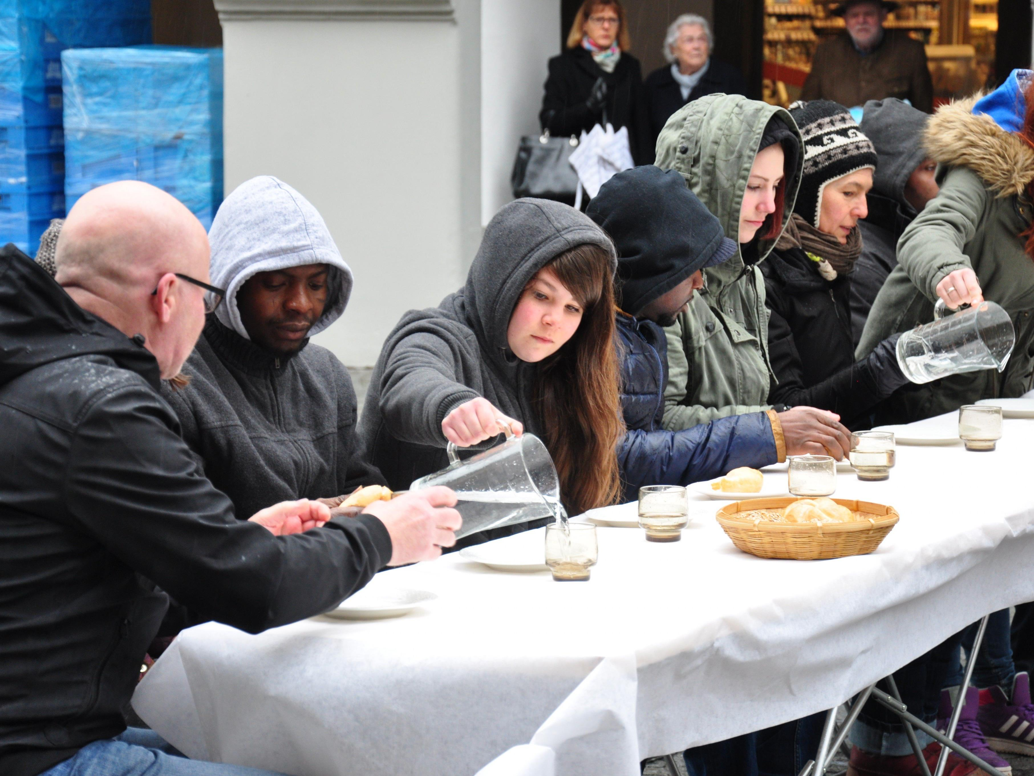 """Das """"letzte Abendmahl"""" in der Feldkircher Innenstadt, Gründonnerstag, 24.3. ab 11 Uhr."""