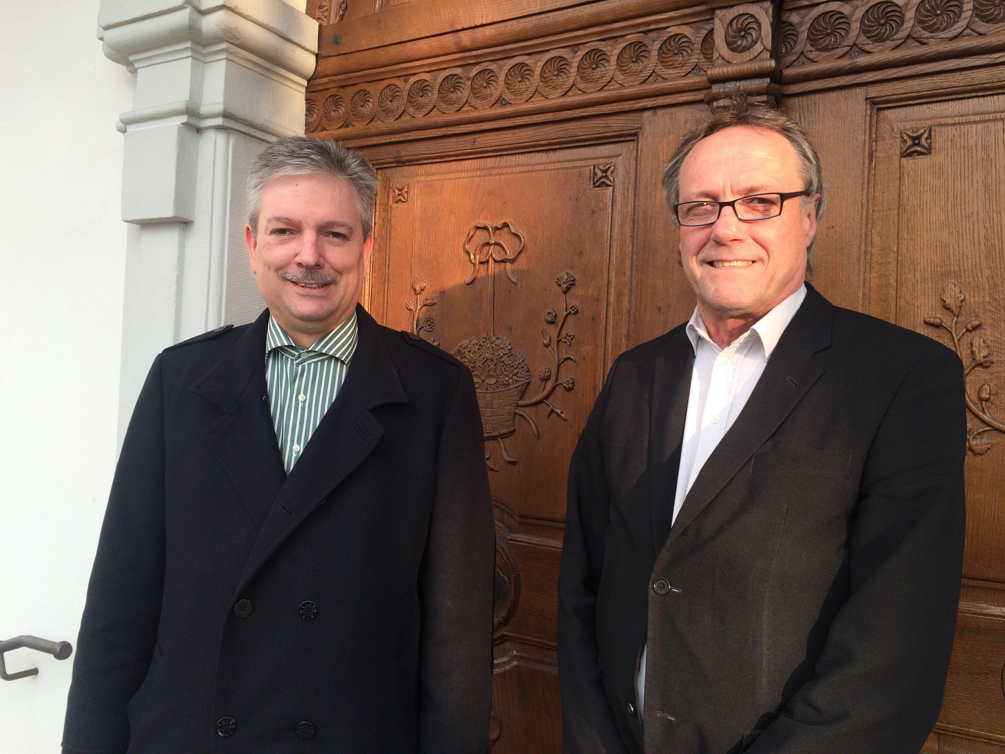Kirchenrat Peter Alge (r) und Gerald Bischof freuen sich auf regen Besuch.