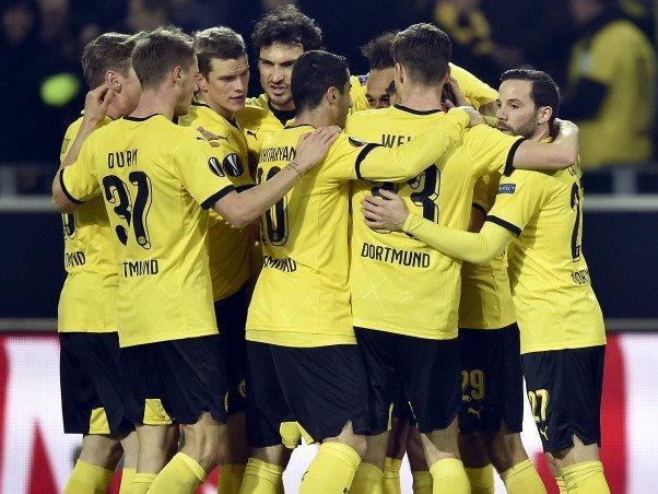 Dortmund steht nach dem klaren Heimsieg bereits mit einem Bein im Viertelfinale.