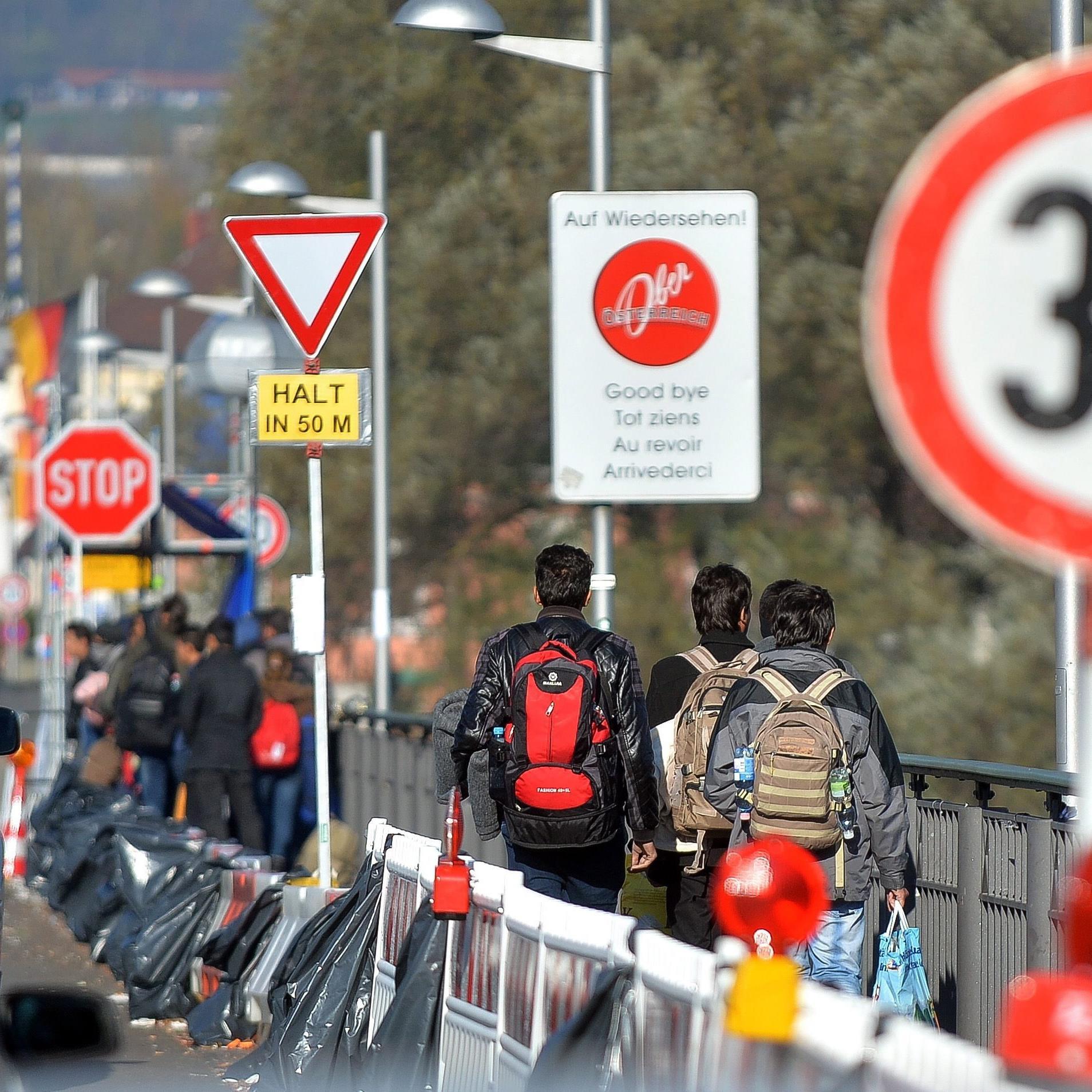 Sollten freilich an allen österreichischen Grenzen Personenkontrollen eingeführt werden, so wären die Effekte laut ifo größer.