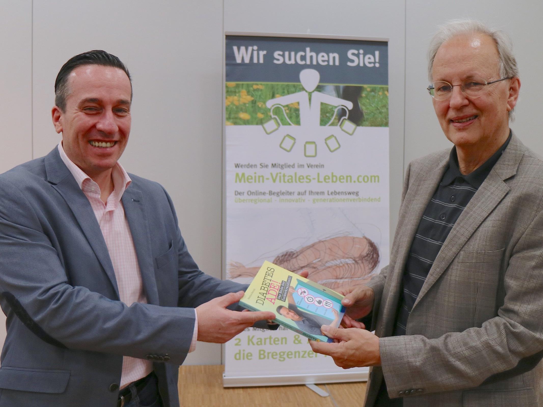 """Markus Berndt, Unternehmer, Coach und Autor mit Wolfgang Gruber, Obmann vom Verein """"Mein-Vitales-Leben""""."""