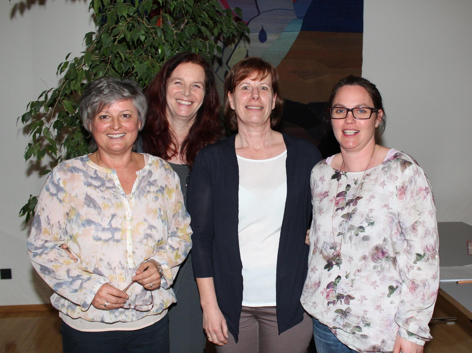 Vereinsvorstand: Brigitte Plankel, Monika Natter, Monika Winder und Obfrau Claudia Gunz.
