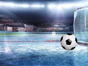 Football goes on Ice