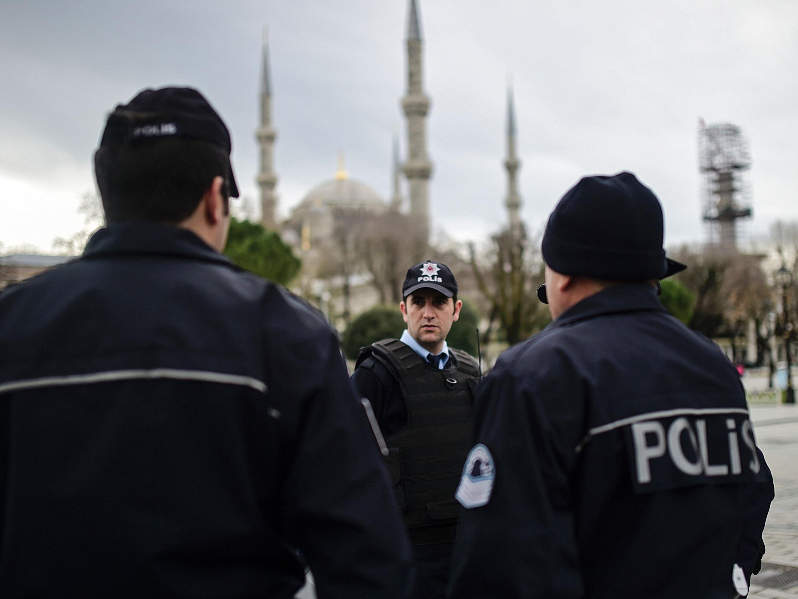 Offenbar war die türkische Polizei Ziel des Angriffs.