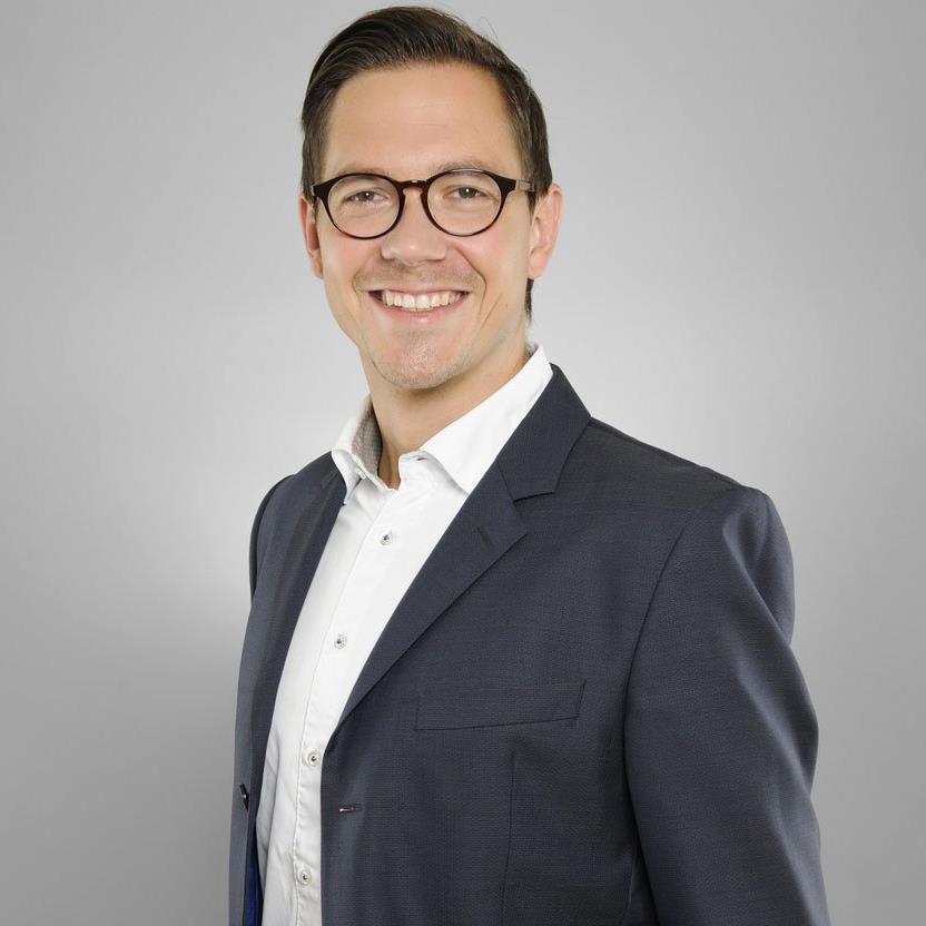 Tobias Link von HolidayCheck weiß, wie Bewertungsportale proaktiv genutzt werden können