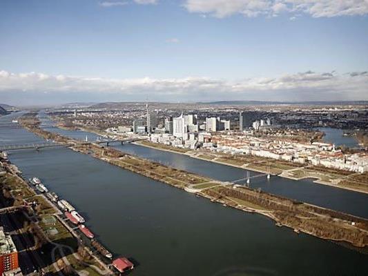 Durch den niedrigen Wasserstand der Donau hatten die Transportgeschäfte Einbußen zu verbuchen.