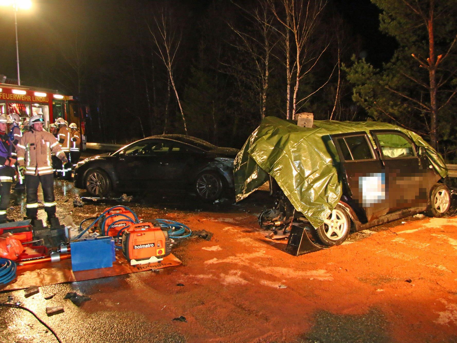 Unfall auf A96 fordert Toten