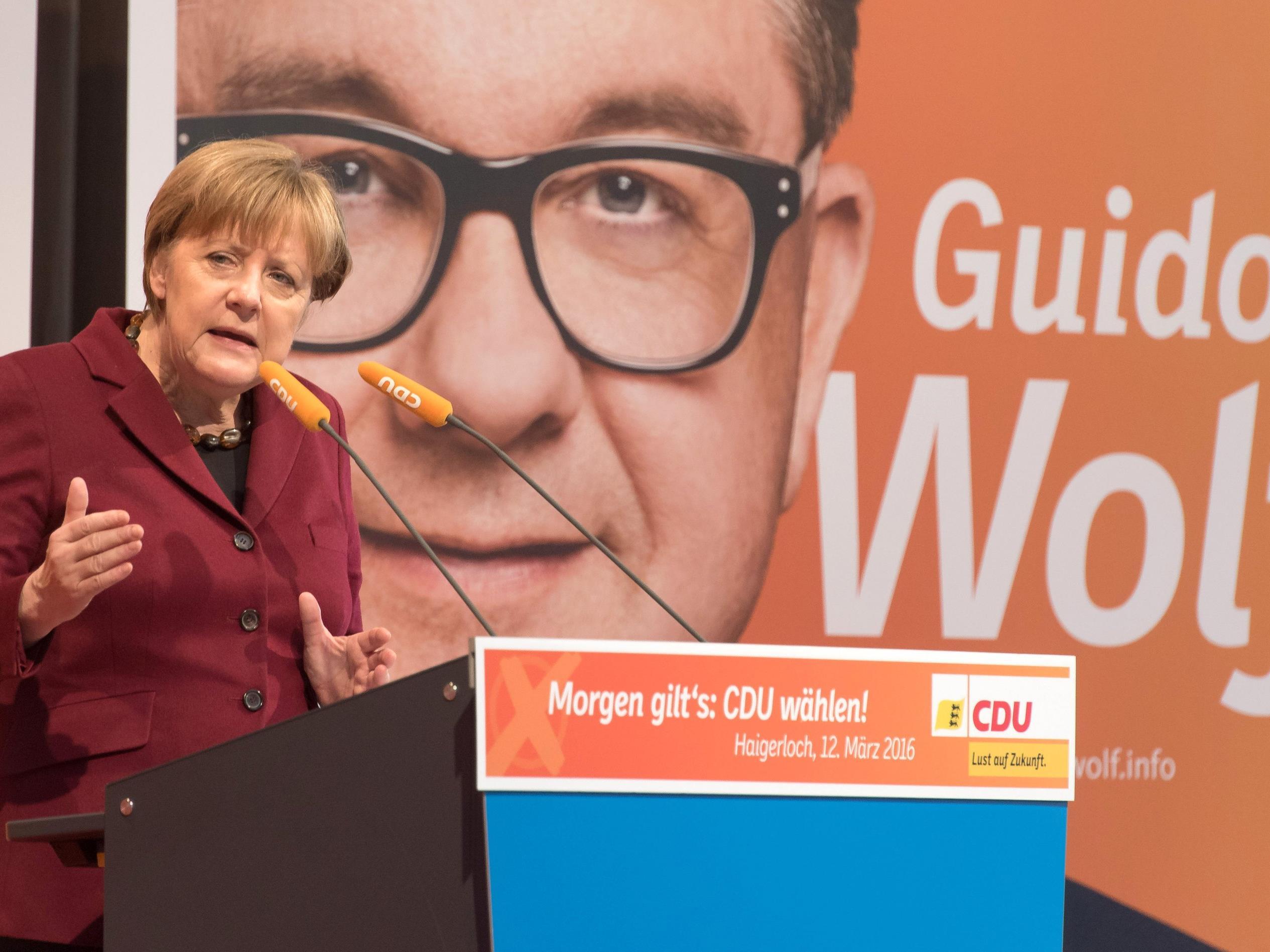 """Merkel: """"Es gibt Situationen im Leben, wie im Herbst, da kann man nicht lange Grundsatzdebatten führen."""""""