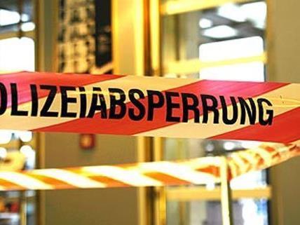 Ein Mann mit Kopfverletzung wurde tot in seiner Wohnung in Baden aufgefunden