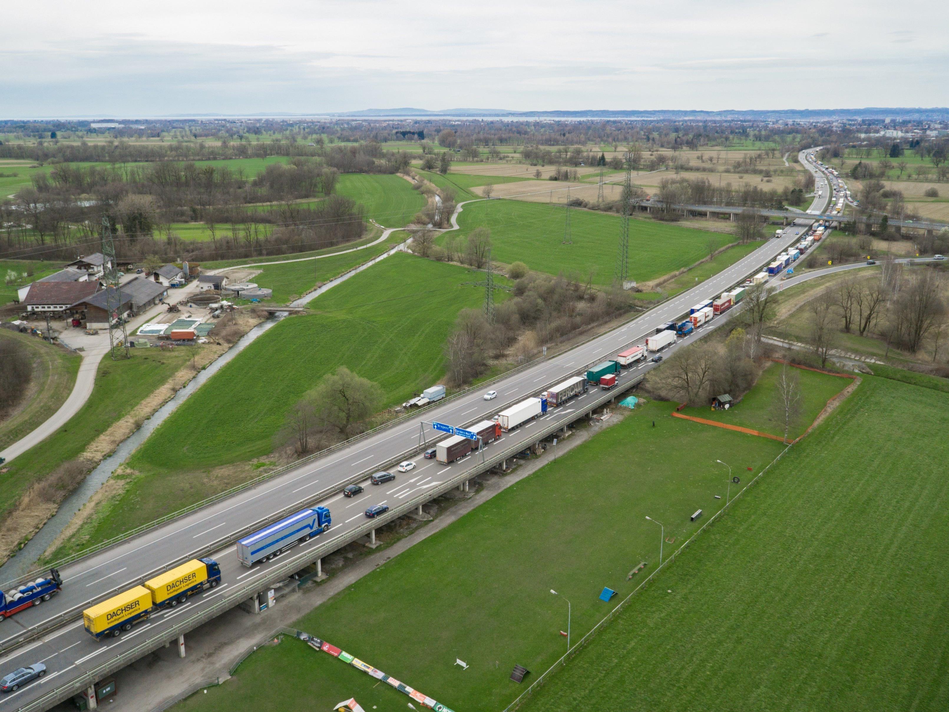Dass schon bei Dornbirn-Nord nichts mehr geht, ist auf der A14 selten geworden.