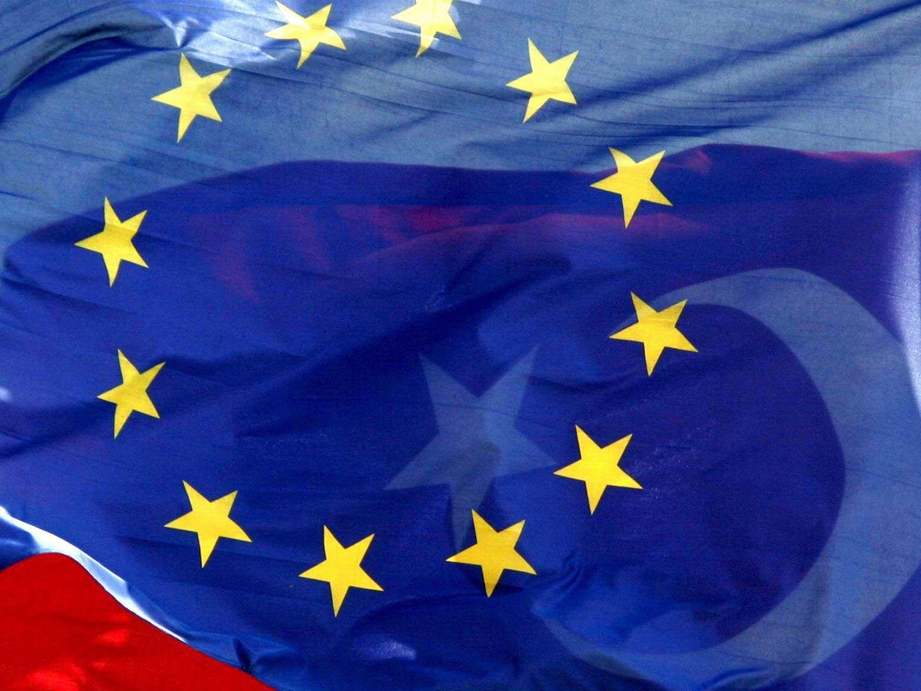 EU-Türkei-Gipfel hofft auf Flüchtlingsabkommen