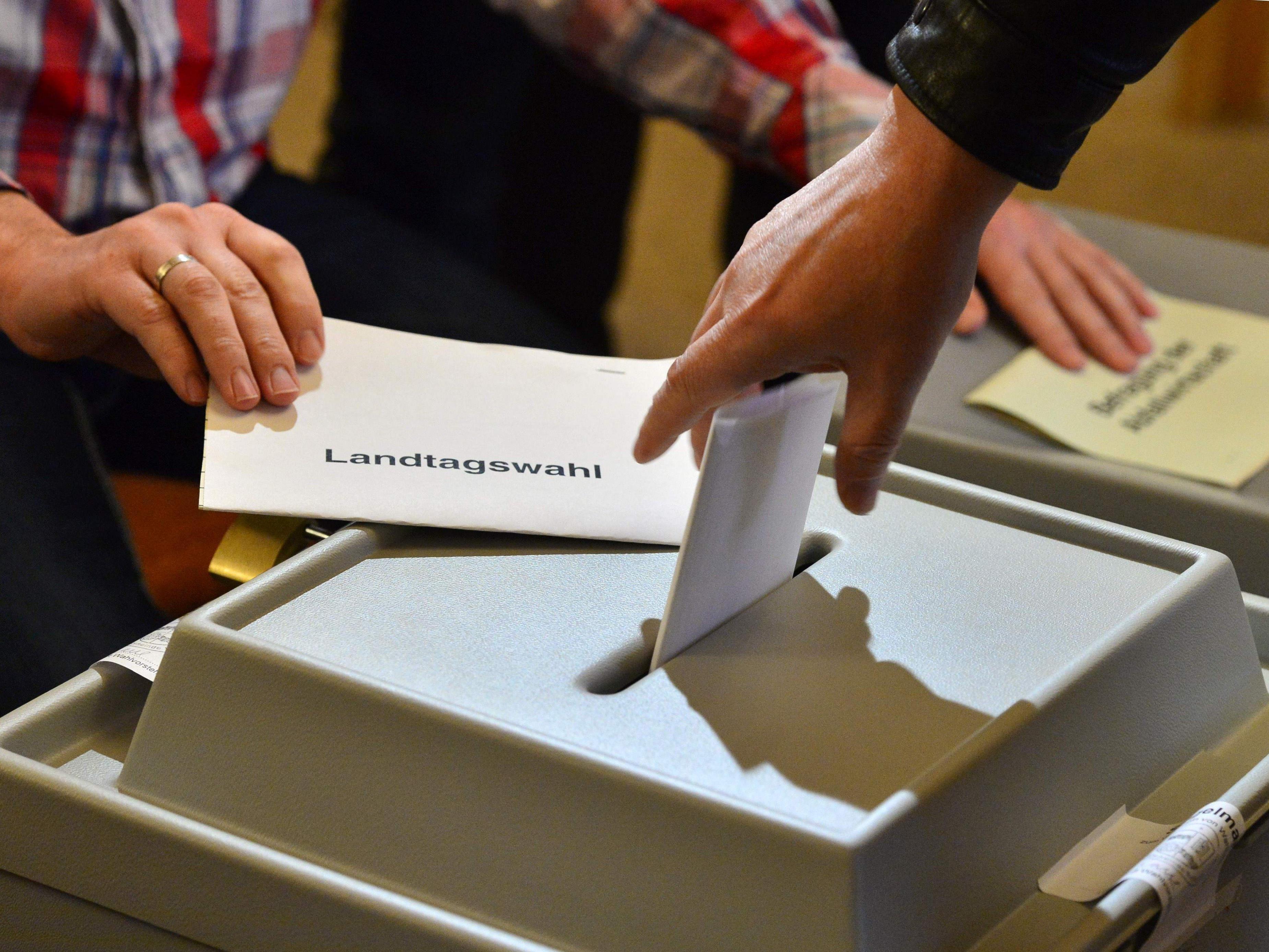 Die ersten Wahlen seit Beginn der Flüchtlingskrise in Deutschland wirbeln die Parteienlandschaft durcheinander.