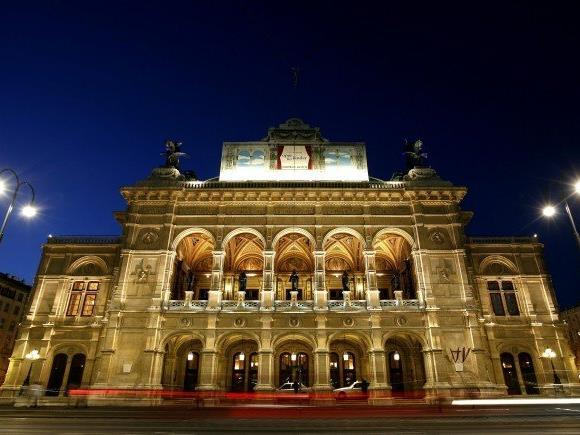 """""""Tosca"""": Repertoiregold mit genialem Schwein in der Staatsoper"""