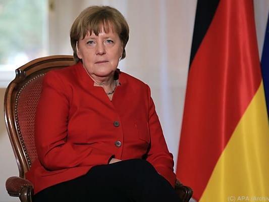 Merkel gerät immer stärker unter Druck