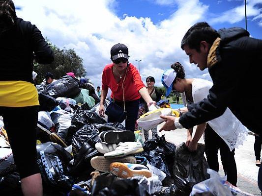 Bevölkerung sammelt für die Erdbebenopfer