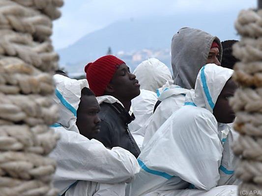 Gerettete Flüchtlinge bestätigten Schiffsunglück im Mittelmeer