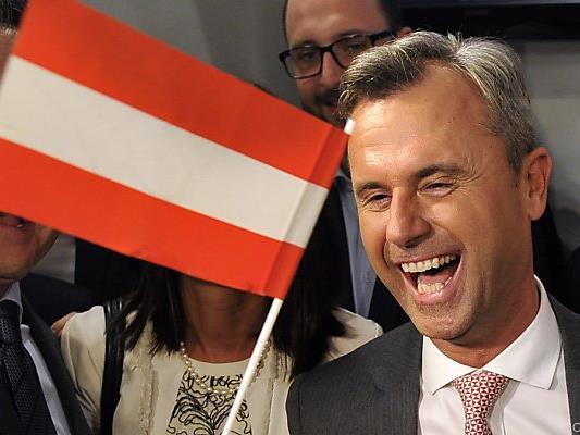 Jubel beim FPÖ-Kandidaten
