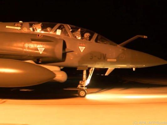 Luftangriffe sollen IS stoppen