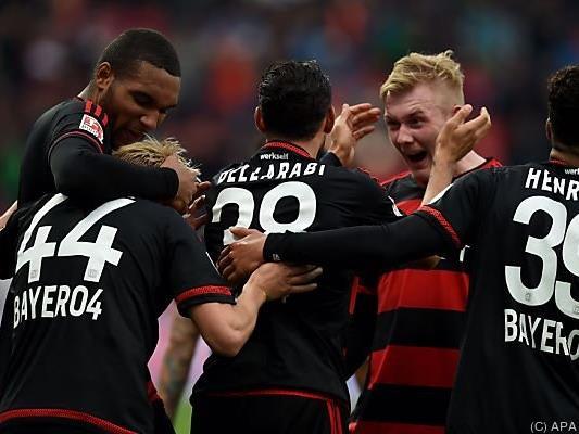 Leverkusen ist nach klarem Sieg gegen Frankfurt neuer Dritter