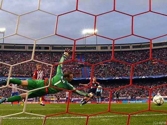 Saul Niguez bezwang Manuel Neuer
