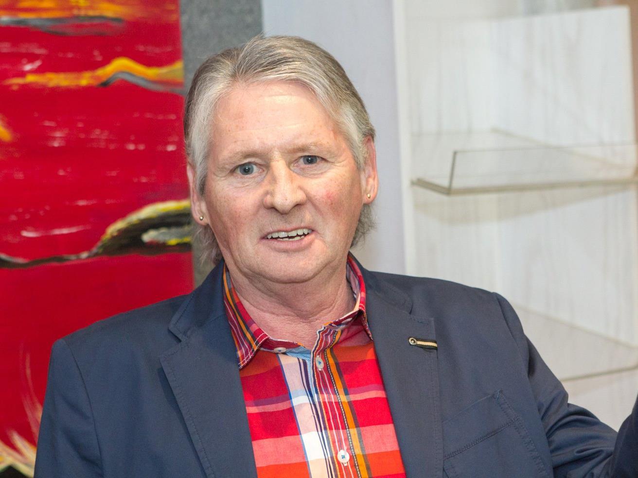 Der Vandans Peter Brandl lädt noch bis zum 27.04. zum Besuch seiner Bilderausstellung
