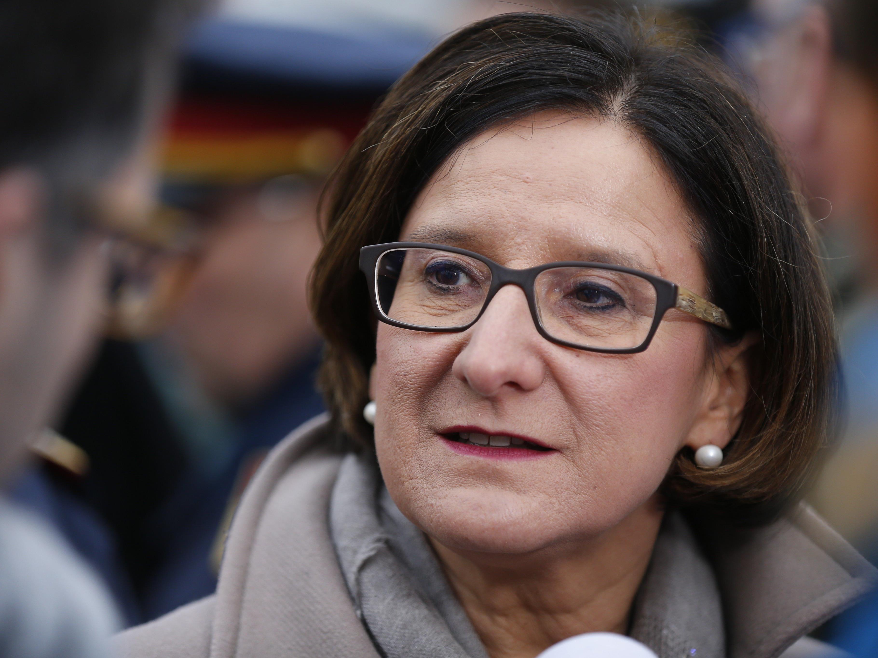 Innenministerin: Deutschland profitiert von Einführung der österreichischen Obergrenze.