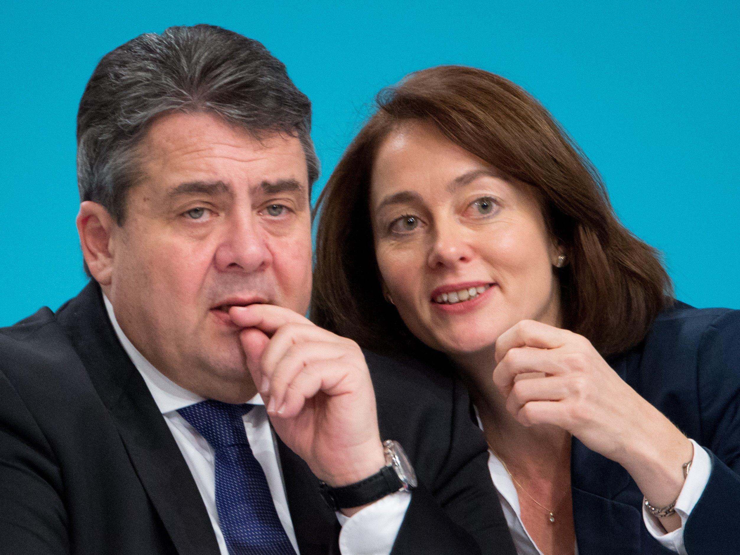 Gabriel, Barley: Der SPD-Parteivorsitzende machte den Auftakt zur Hofer-Kritik.