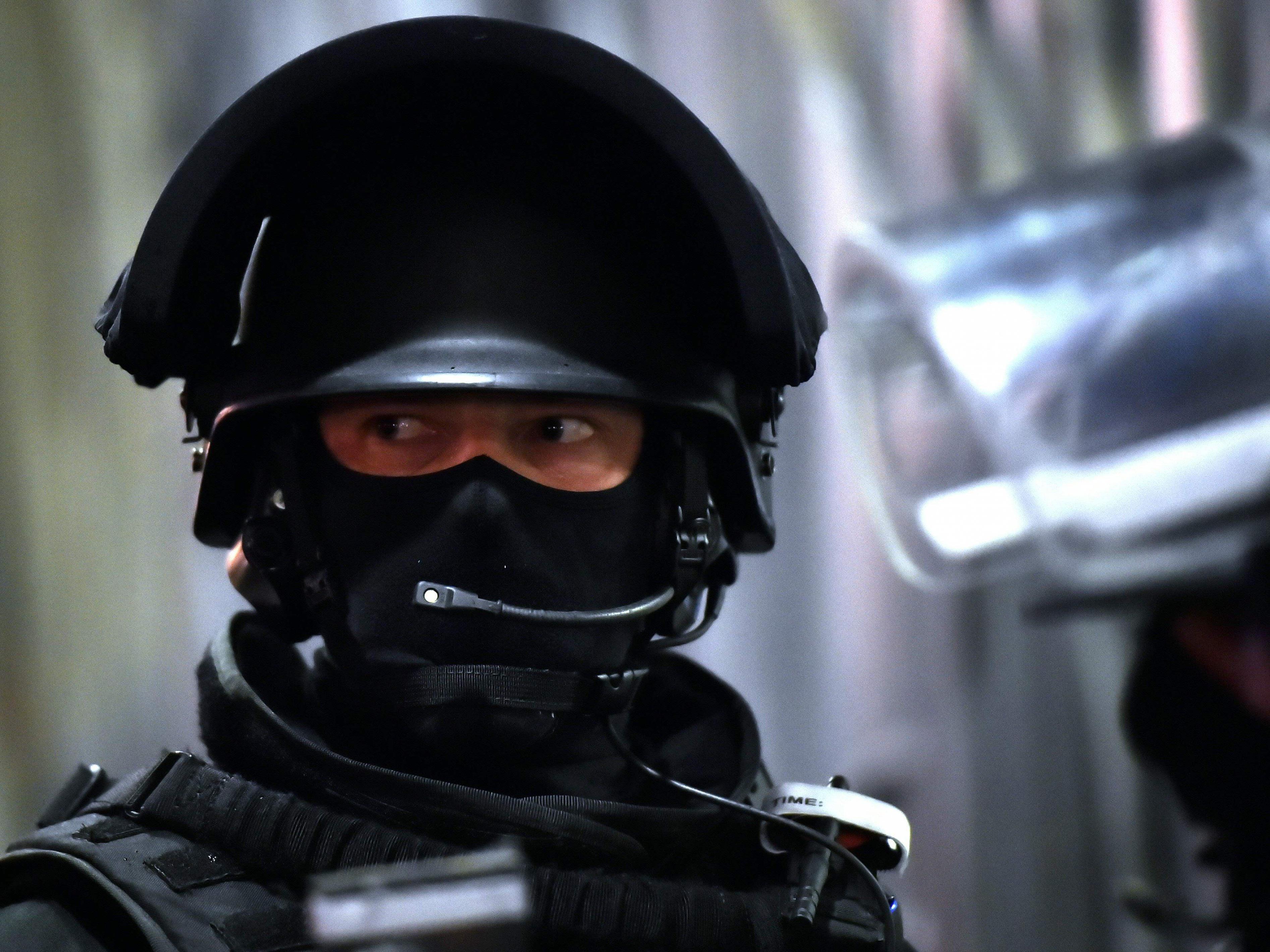 Erweiterte Befugnisse für Polizei sollen um zwei Monate ausgedehnt werden.