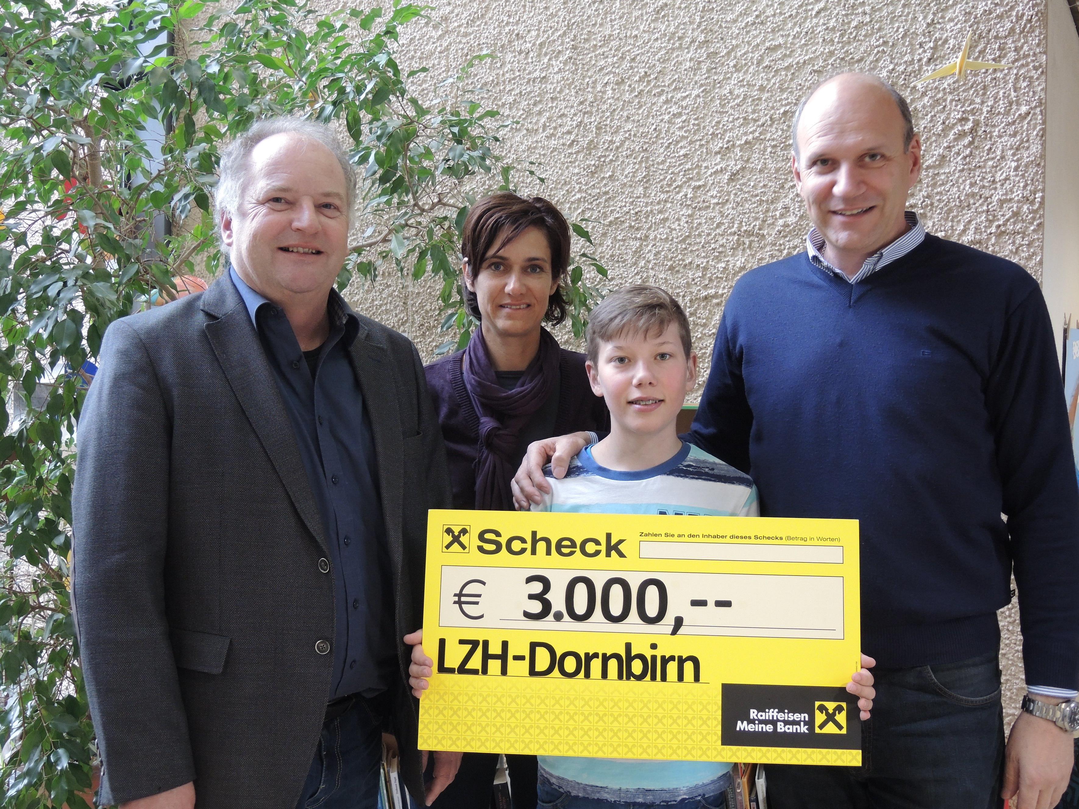 v.li.: Johannes Mathis, Andrea Jonach, Leon und Walter Barbisch.