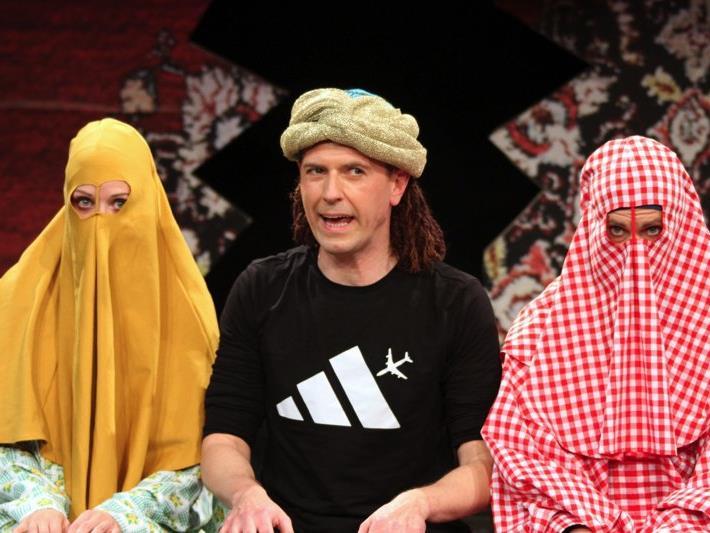 """Auf höchstem Niveau sind sowohl die Leistungen der Schauspieler als auch des Regieteams beim Stück """"Töchter des Jihad""""."""