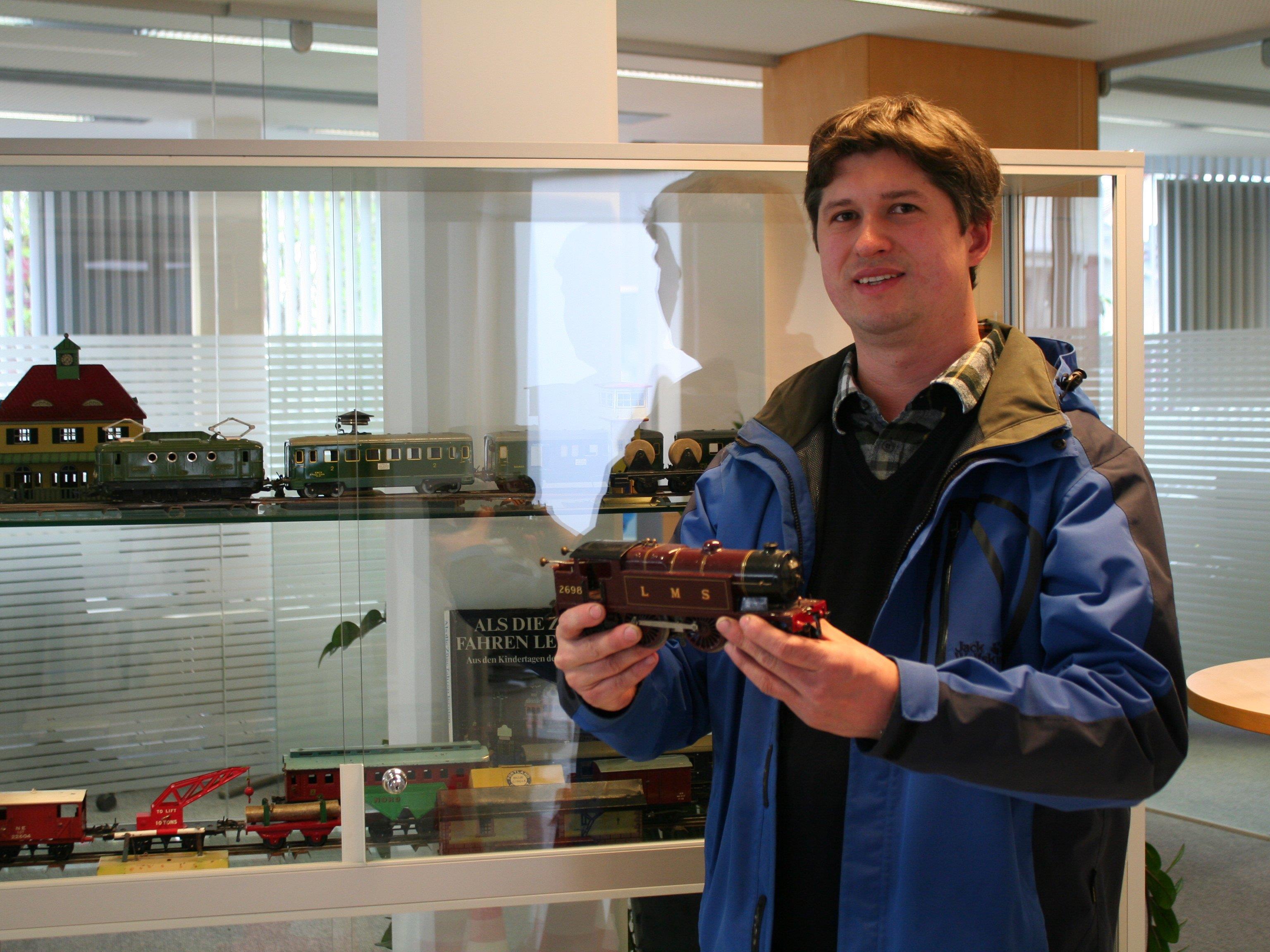 Die Faszination an Blecheisenbahnen hat diesen Sammler aus Feldkirch gepackt.