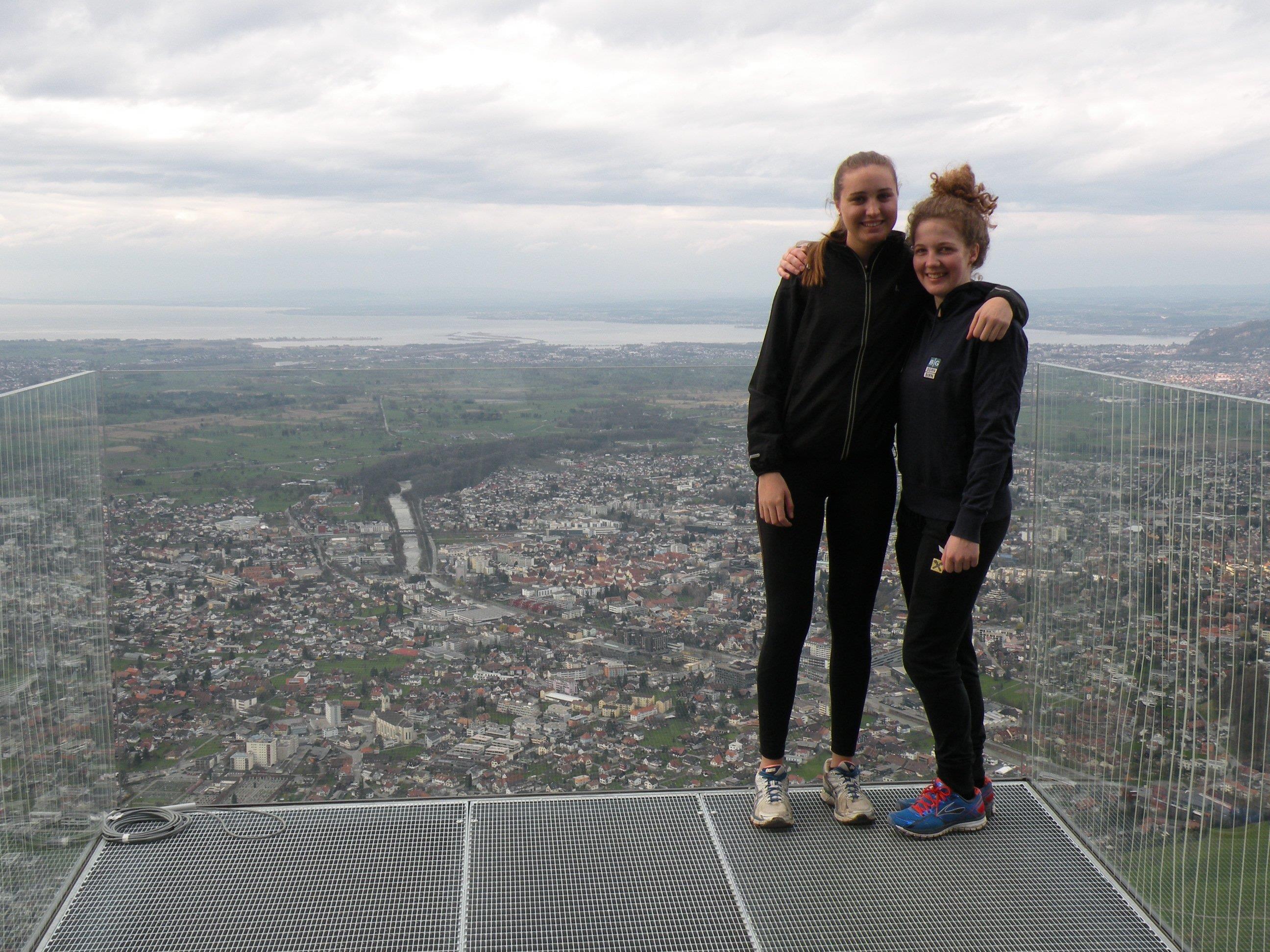 Julia und Cornelia aus Dornbirn testeten die Karrenkante am Wochenende.
