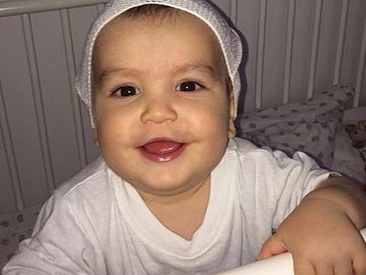 Der einjährige Kerim hat eine Stammzellenspende erhalten.