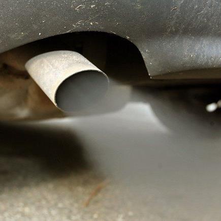 Sollen ab 2020 nicht mehr neu zugelassen werden dürfen: Autos mit Verbrennungsmotor.