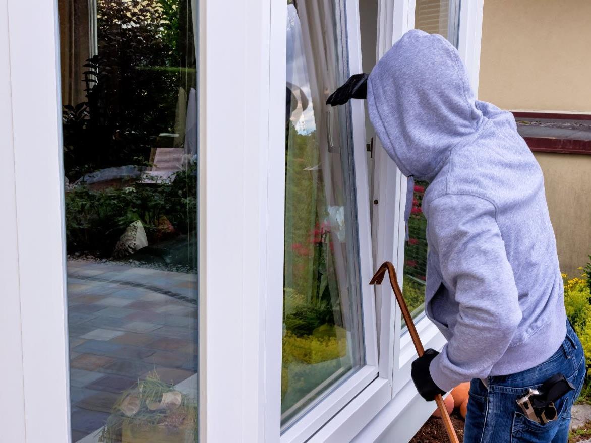 Die Polizei ermittelt nun gegen den Hausbesitzer.