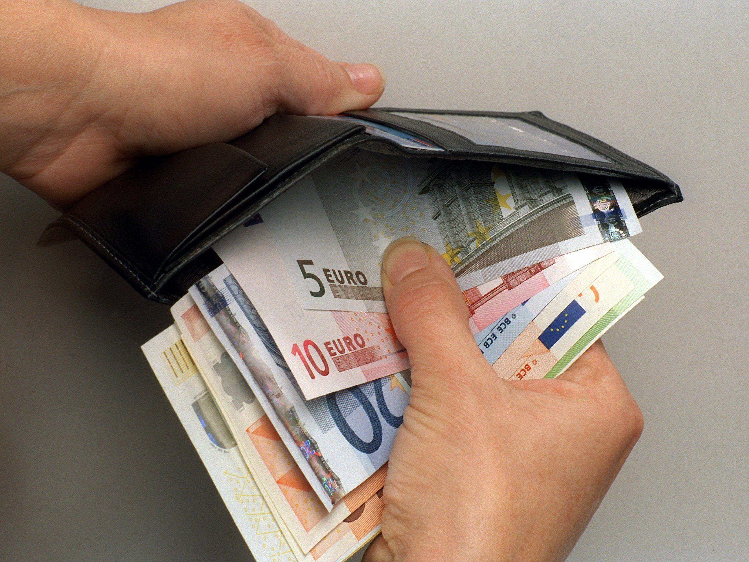 Einschleichdiebstahl: Bettler soll betagter Dame in Lustenau Geld gestohlen haben.