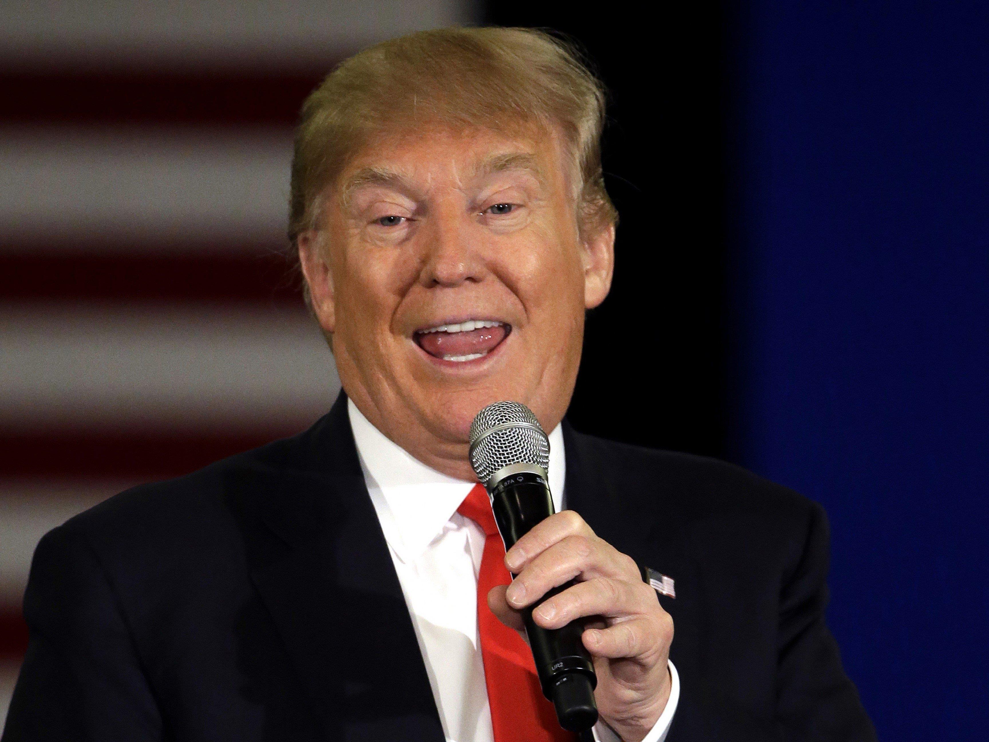 """Der republikanische Präsidentschaftsbewerber Donald Trump hatte angekündigt, er wolle """"Waterboarding und noch viel Schlimmeres"""" als Verhörmethode wieder einführen."""