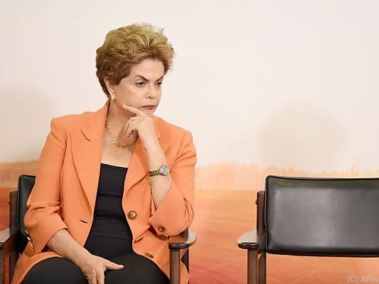 Rousseff könnte ihren Sessel bald räumen müssen