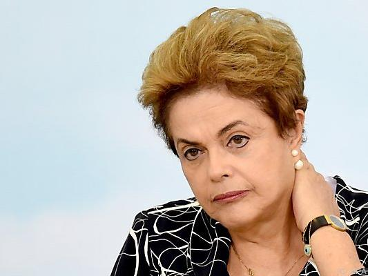 Dilma Rousseff räumt Platz nicht freiwillig
