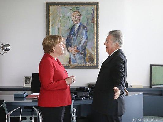 Fischer besuchte in letztes Mal Merkel in Berlin