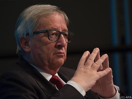 Juncker berät sich mit seinen Kommissaren