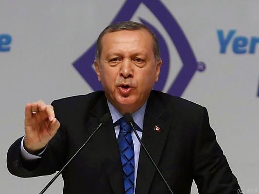 Der türkische Präsident stellt wieder Bedingungen
