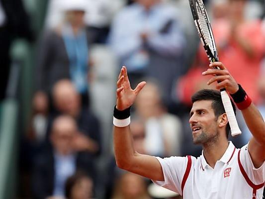 Novak Djokovic freut sich über seinen 50. Sieg in Paris
