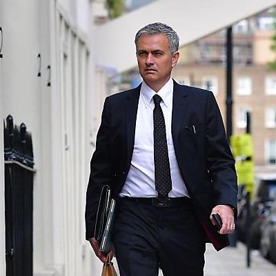 Nun ist es amtlich - Mourinho coacht ab sofort ManU