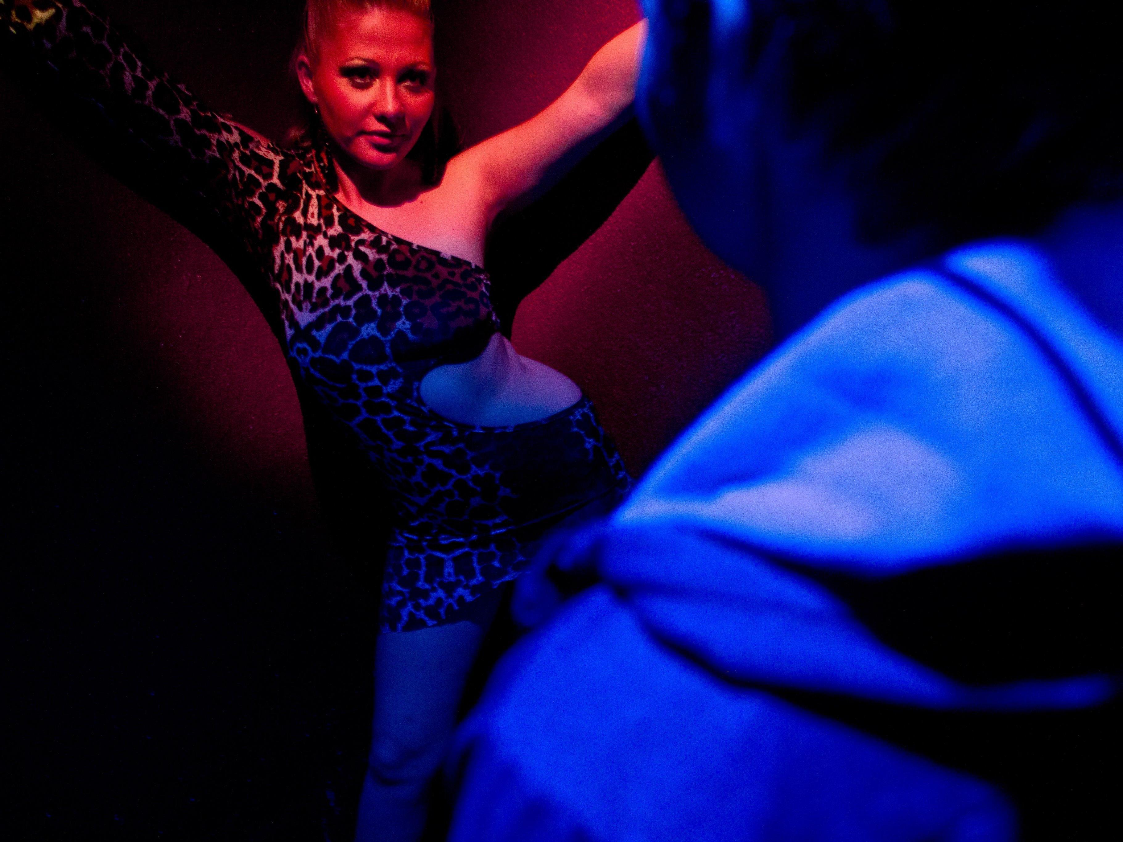 Auf Sex-Partys gehen Jugendliche das Risiko ein, sich mit HIV anzustecken.