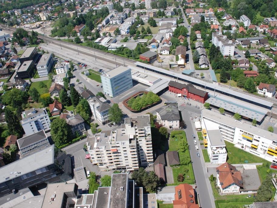 Auch die ÖBB haben am Bahnhof Dornbirn ein Alkoholkonsumationsverbot im Rahmen der geltenden Hausordnung eingeführt