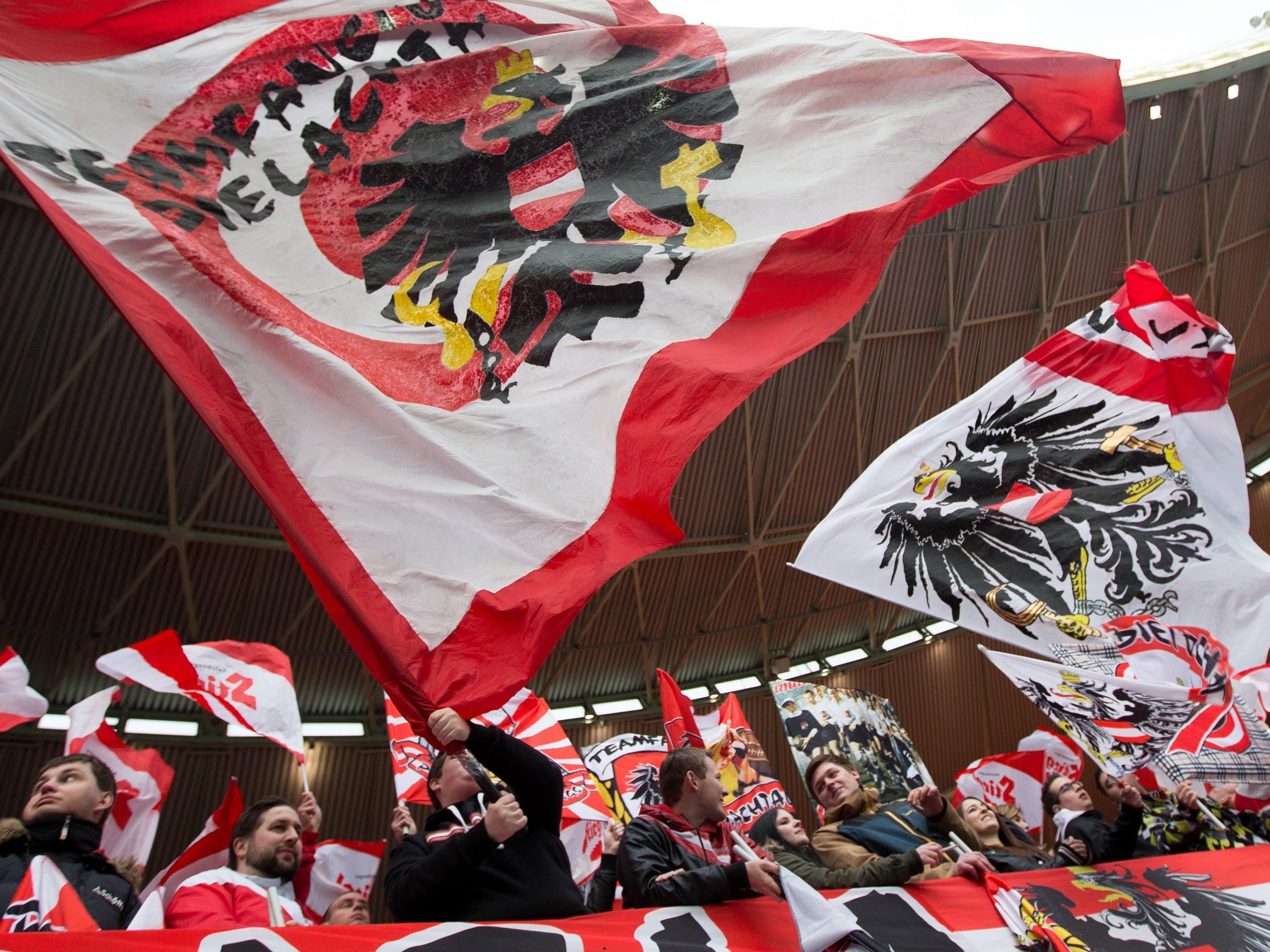 Das österreichische Nationalteam darf sich über viele Unterstützer in Frankreich freuen.